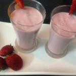 How To Make a Strawberry Smoothie with Yogurt Recipe