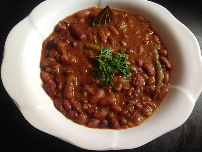 Rajma Masala Recipe Punjabi, Rajma Curry - Yummy Indian ...