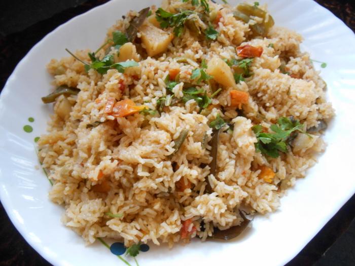 vegetable rice recipe,veg tahari recipe