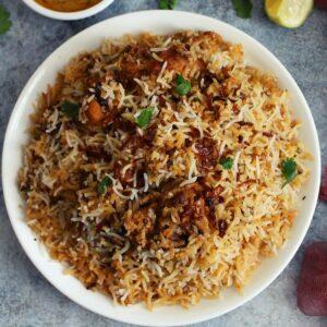 chicken dum biryani on a plate