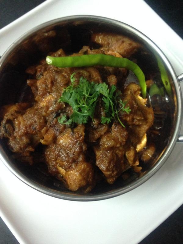 chicken bhuna recipe or bhuna chicken