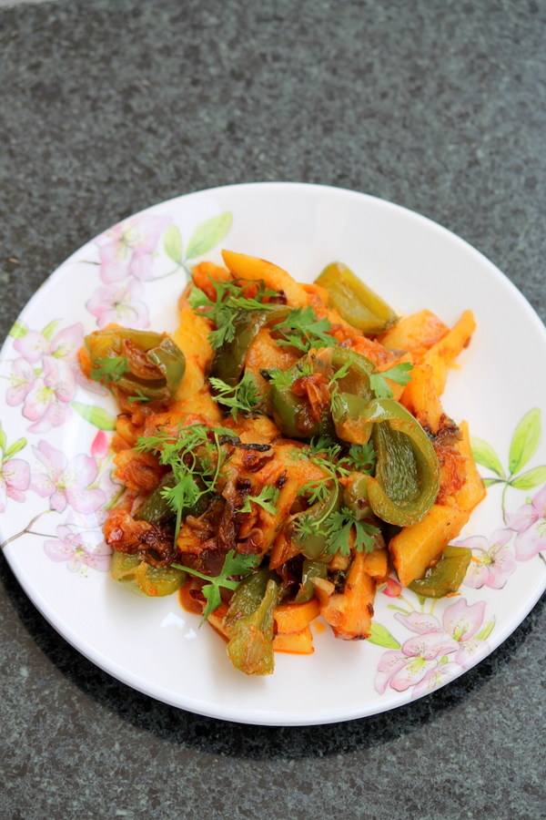 aloo-shimla-mirch-recipe