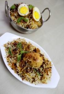how-to-make-hyderabadi-egg-biryani