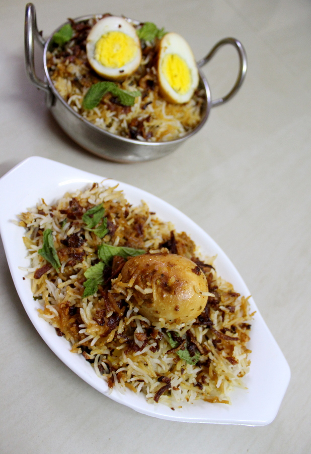 how-to-make-hyderabadi-egg-biryani