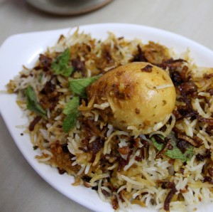 spicy-hyderabadi-egg-biryani