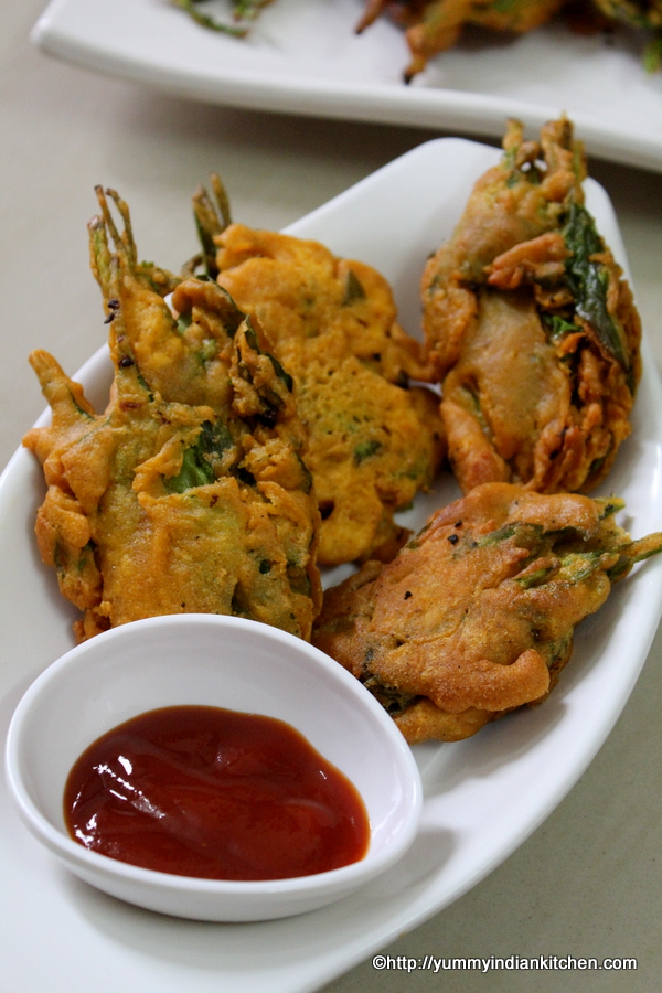 spinach fritters recipe or palak bhajia