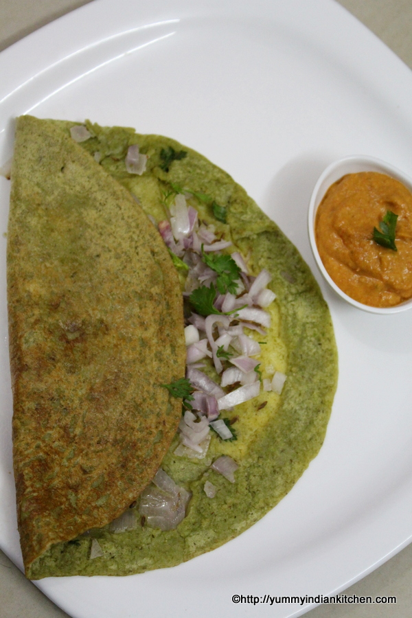 pesarattu recipe andhra style or green gram dosa