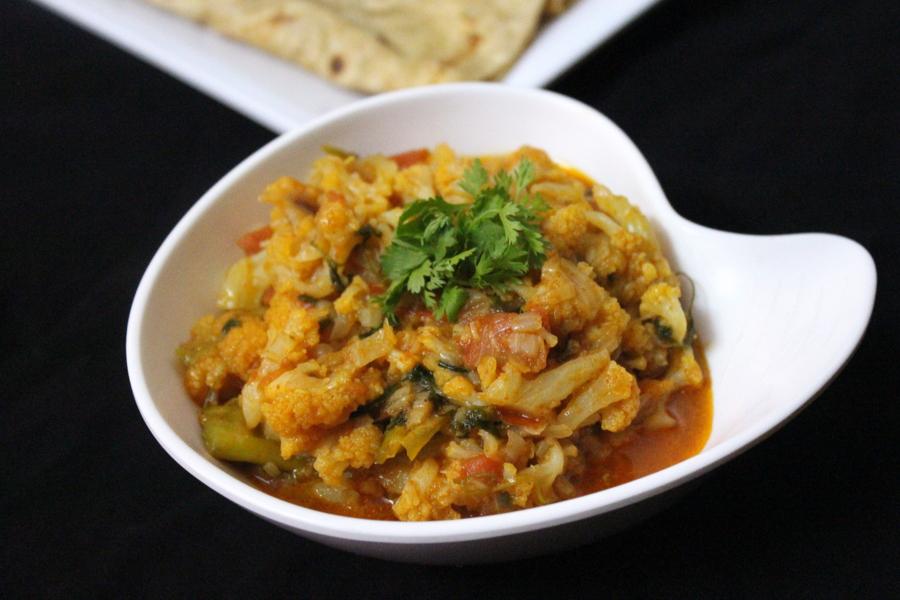 cauliflower-curry-gobi-curry
