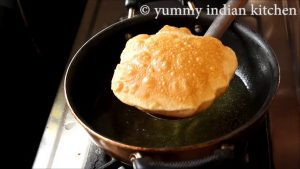 poori recipe, how to make soft puffy poori, hotel style puri for breakfast