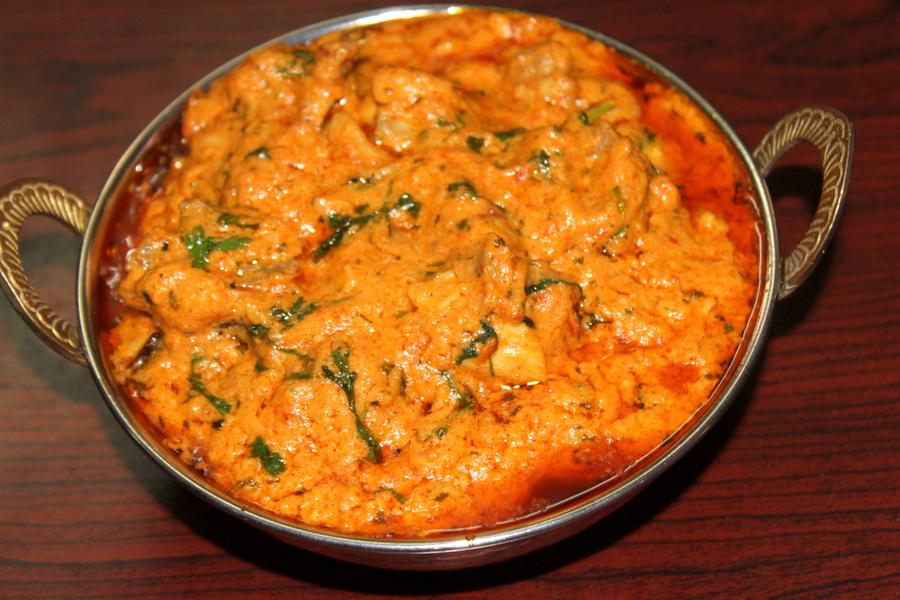 murgh changezi served in a wok