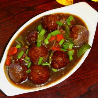 veg manchurian gravy or chings veg manchurian masala