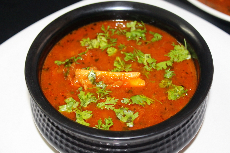 Mutton curry recipe lamb curry yummy indian kitchen mutton curry recipe forumfinder Images