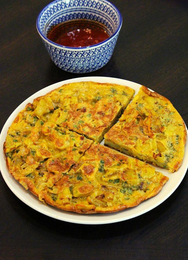 spanish omelette or potato omelette
