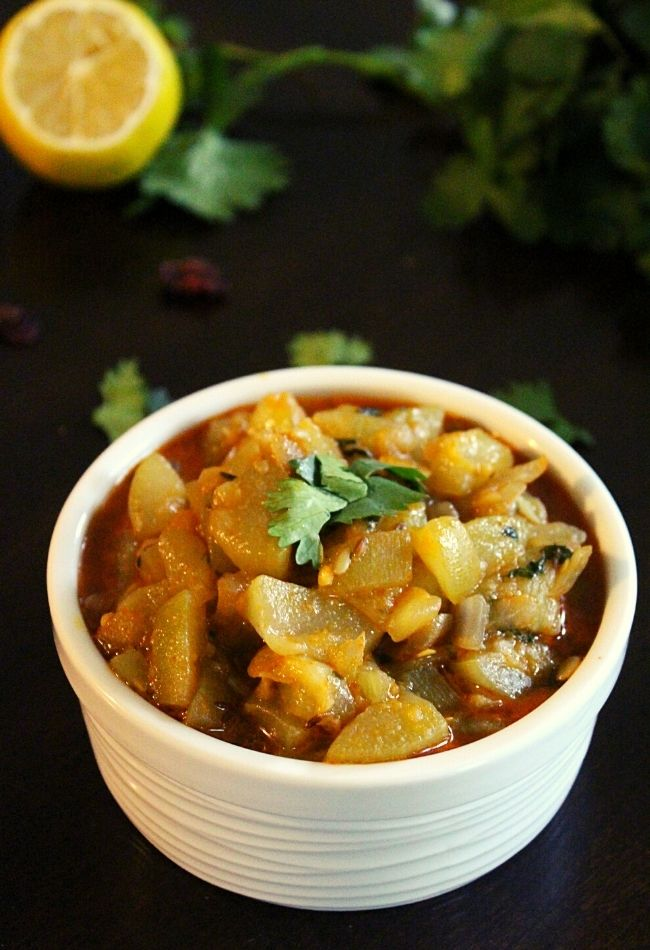 bottle gourd recipe or sorakaya curry