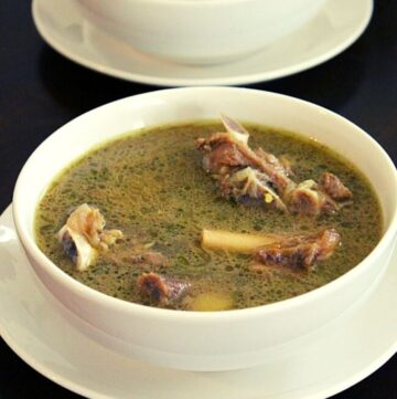 mutton soup served in two bowls