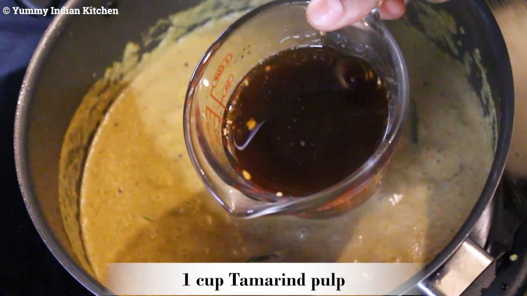 Adding the tamarind extracted pulp