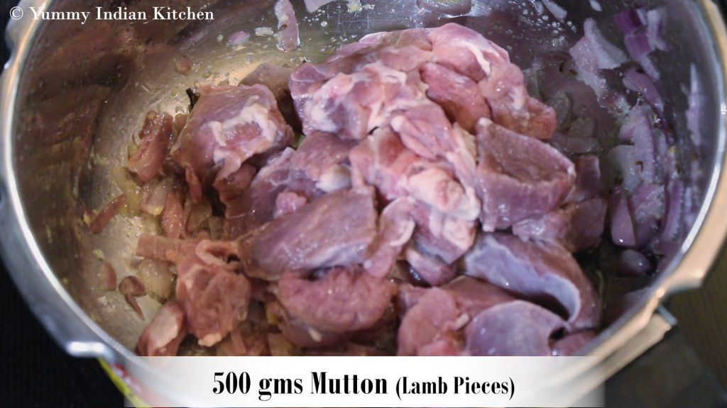 Adding the mutton/lamb pieces into it