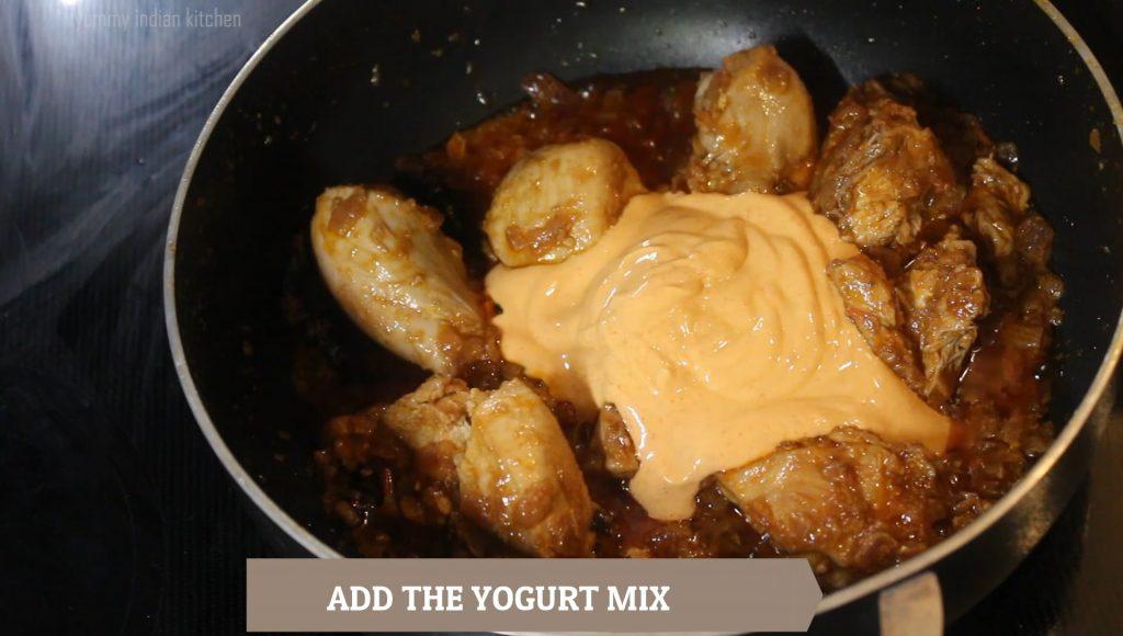 Adding this yogurt mix into the curry