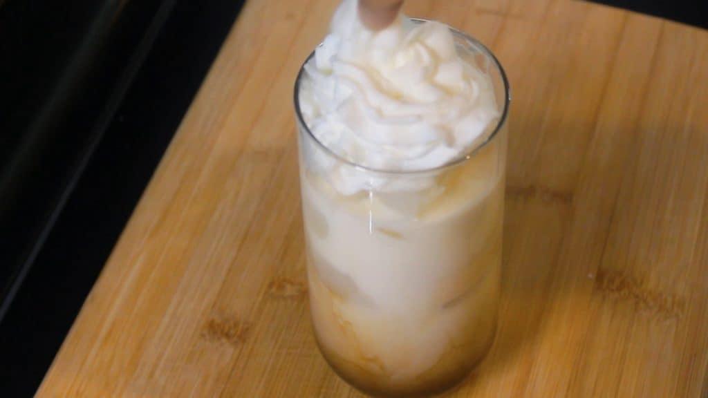 iced vanilla latte starbucks style