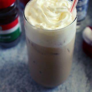 starbucks iced vanilla latte