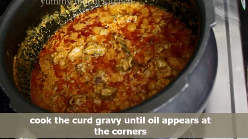 cooking the rogan josh until oil starts leaving
