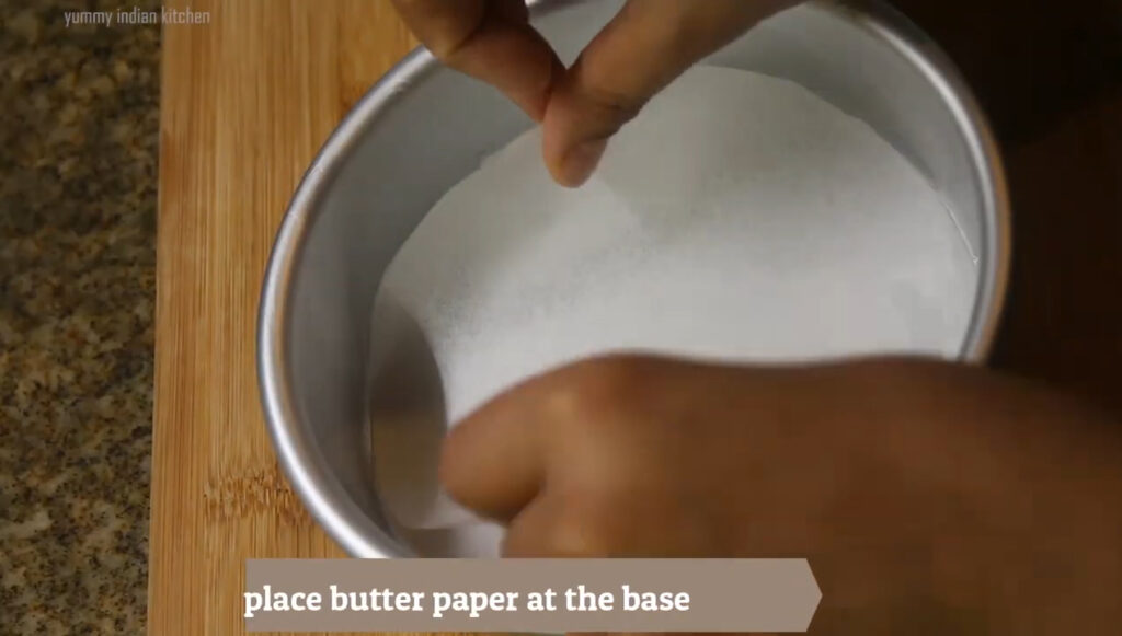 Placing a baking paper at the base.