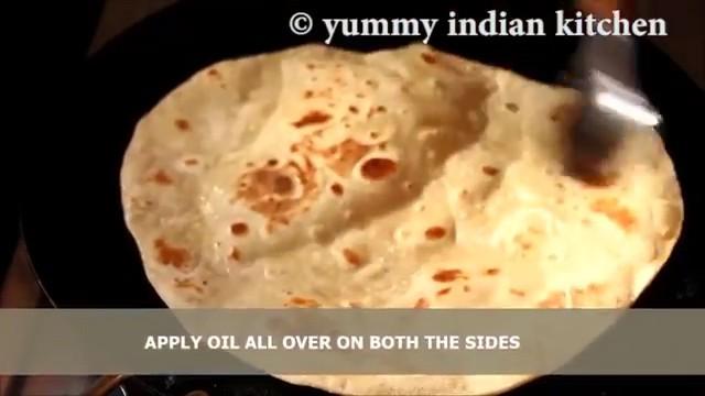 applying oil to the rotis